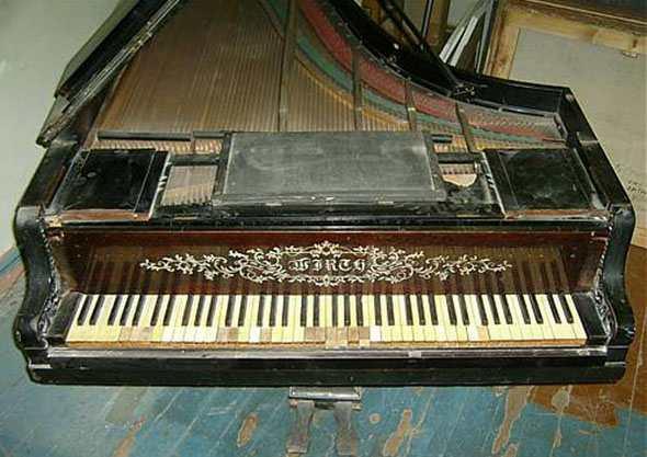 Первый рояль Петра Чайковского